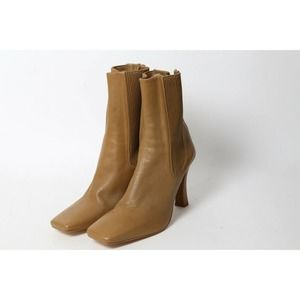 ZARA Beige Leather Ankle Boots Size 40